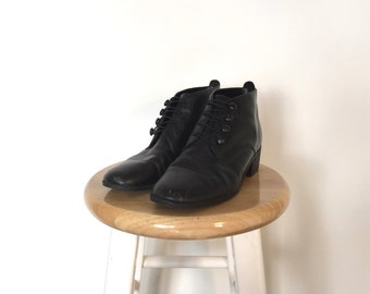 PARTNERS Black Leather Ankle Boots, Size 8.5