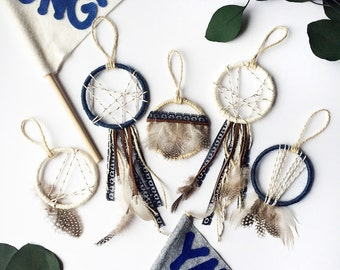 Boho Wedding Favor Set -Mini Dream Catcher Party Favors -Wedding Keepsake -Bohemian Escort Cards -Modern Rustic Dreamcatcher-Bridesmaid Gift
