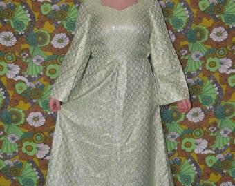 Handmade Vintage Green and Silver Lurex Circle Print Flared Maxi Dress