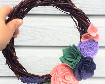 Felt Flower Wreath, Mini Grapevine Wreath, Grapevine Wreath, Mini Wreath, Nursery Wreath, Year Round Wreath, Spring Wreath, Wall Decor, Twig