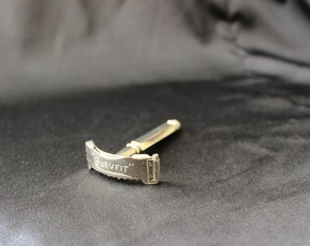 Curv Fit Nickle Plated Razor