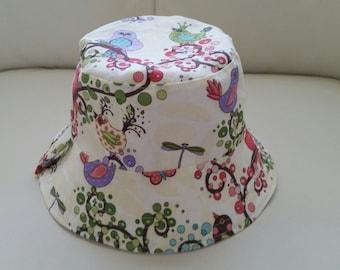Girl's Reversible Bucket Hat