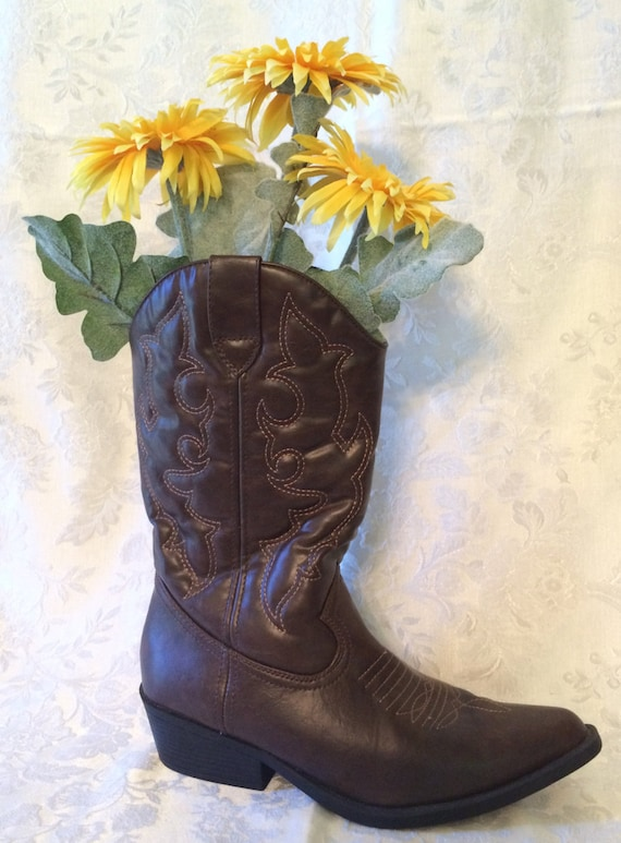 cowboy boot vase wedding decorations cowboy boot centerpiece boot vase with flowers rustic 3149