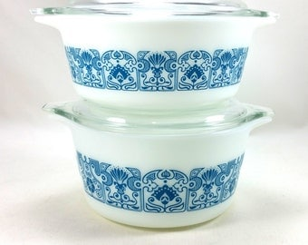 Vintage Horizon Blue Pyrex Casserole Dishes 472 & 473 (1960s)