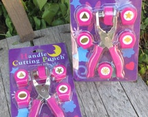 2 NEW Scrapsakes Handle Cutting Punch Sets, Scrapbooking Hand-held Paper Punches, Changeable Style with 6 Pattern Dies
