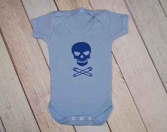 Skull with Safety Pin Crossbones Bodysuit - Funny Kids Shirt - Light Blue One Piece - Boys One Piece - Girls Bodysuit - Skull and Crossbones