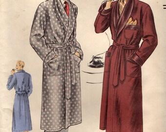 Vogue 8753 Men's 1950s Robe Chest 38-40 ©1951