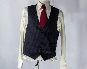 Men's Suit Vest 44 / Vintage Black Pinstripe Waistcoat / Size 44 Medium #2073