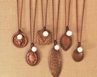 Bridesmaid necklace set with vintage charms and faceted pearls - 6 piece