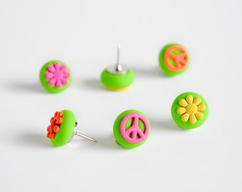 Flower Power Peace Push Pins. Colorful Bright Kitchen Home Office Decoration. Hippie Love Flowers & Peace Signs Thumbtacks. Gift Set of 6
