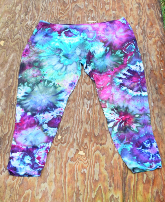 Amanda's Choice Ice Dyed Leggings (Dharma Trading Co. Deluxe Cotton Leggings with Spandex Size 3XL) (One of a Kind)