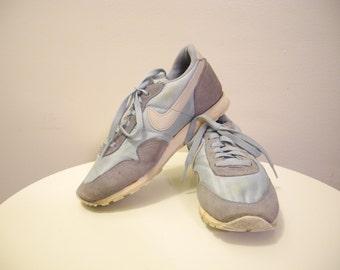 Vintage 70s / 80s NIKE lt. blue running shoes OMEGA METRO sz. 7 / 7.5
