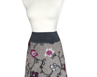 Grey Wool Skirt in Size L