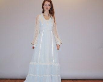 Gunne Sax Vintage 1970s Pastel Blue Victorian Lace Boho Hippie Festival Prairie Wedding Dress  -  Gunne Sax Long Dress Size 9 - WD01008