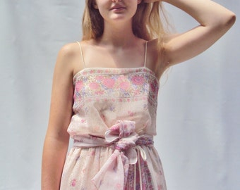 vintage 70s sheer pastel ditsy floral maxi dress / sundress / s / m / l /