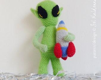 Crochet Pattern Amigurumi PDF - Alien & Rocket Toy Doll - Instant Download