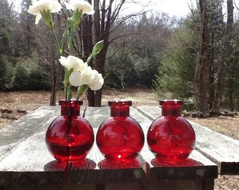 2 Red Vases Red Glass Vase Red Bud Vase Red Potion Bottle Alice In Wonderland Drink Me Bottle Wedding Decor Vintage Wedding Decor Red Glass