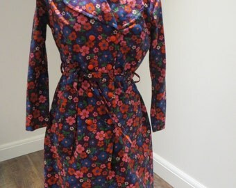 70s style Flower Power Coat Size M - FREE POSTAGE