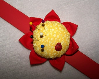 Wrist Pin Cushion Lady Bug