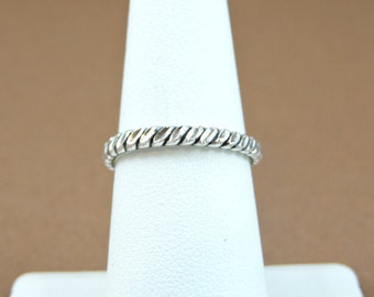 Size 7 Sterling Silver Scroll Band Ring