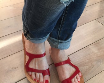 Flip flop red sandals.FREE SHIPPING in the USA, Greek flat sandals. Handmade leather sandals, flat slides,women's leather sandals- Amaltheia
