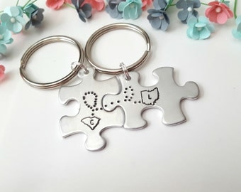 Long Distance Relationship Gift, Couples Keychains, Different States Connected, Anniversary Gift for Boyfriend, Girlfriend Gifts, Customized