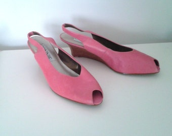 SALE /// Vintage 1990's Bubblegum Pink Leather Open Toe Slingback Wedges Sz 10 Minimalist