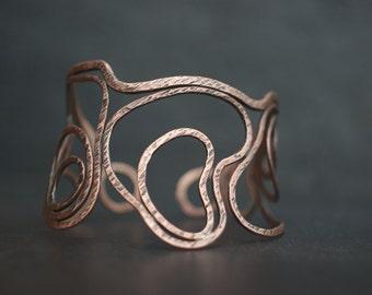 Lan-dscape - Organic handmade textured copper bracelet cuff