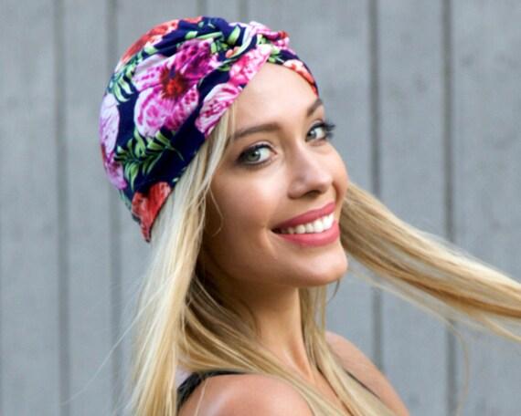 Turban Hat Stretch 1940s Snood Cap Chemo Cap Hawaiian Tropical Flower Print Skull Cap Hair Wrap Soft Turban Packable Doo Rag Flirty Floral