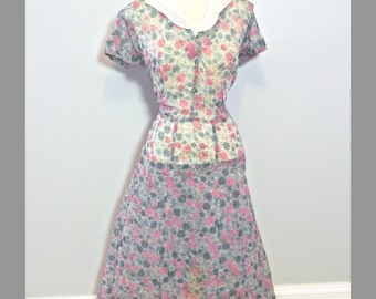 Vintage 40s Fabulous Chiffon Print Dress , 1940s Dead Stock Plus Size Sheer dress with Pink and Blue Atomic Print XL XXL - on sale