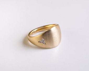 Wide band engagement ring 18k yellow gold solid, Tiny sparkly diamonds gold band, bold ring wedding band, women's star