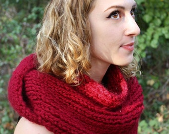 Red Knit Triangle Scarf - Cherry/Cranberry/Merlot - Rib-Knit Chunky Knit - Bulky Wool Blend - Unisex - 9 Colors Available