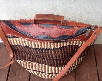 GORGEOUS vintage boho festival weaved leather trim hippy bag