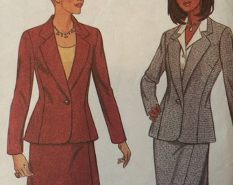 New Look Suit Pattern 6701 with Skirt in Two Lengths