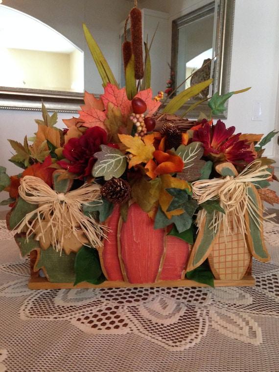 Thanksgiving floral arrangement basket centerpieces