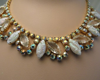 Vintage Rhinestone and Molded Glass Necklace, Gold Tone