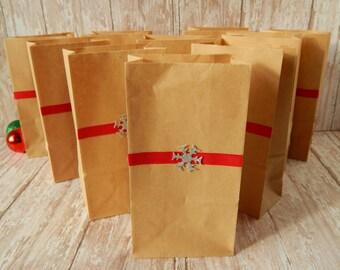 Christmas Gift Bags - Christmas Treat Bags - Snowflake Gift bags - Christmas Gift Wrap - Holiday Gift Bags - Rustic Christmas Gift Wrap