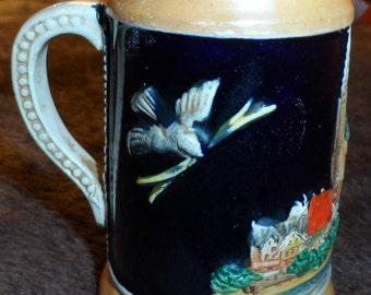 """Old Mini 4"""" Beer Stein Birds & Buldings 3D Paintwork Design"""