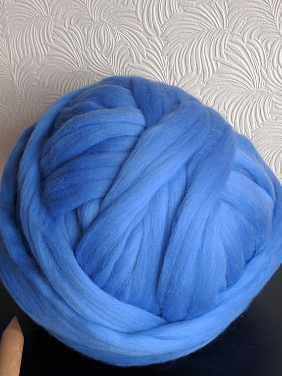 250g Pure 100 Merino Wool Sky Blue Giant Knitting Yarn