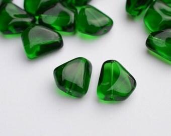 Emerald Green Czech Glass Nugget Beads, 15 x 14 mm - 10Pc