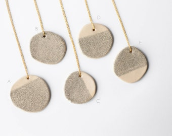 MINIMALIST CONTEMPORARY ceramic NECKLACE, Ceramic jewelry, Ceramic statement pendant, Statement necklace, Statement jewellery, Gift for her