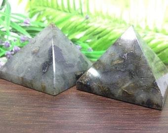 "2"" Flashy Labradorite Pyramid for Reiki Healing and Crystal Grid ~ Sacred Geometry, Metaphysical healing"