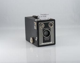 Kodak Brownie Target Six-20 Box Camera