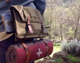 Swiss Army Bedroll Pack-Swiss Army Blanket, Hatchet & Shoulder Bag
