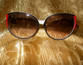 Genuine vintage Roberta di Camerino sunglasses Made in Italy