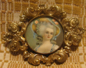 Antique Brooch French Lady Gold Metal Embrossed Design