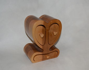 "Bandsaw Box-Jewelry Box ""Heart"""