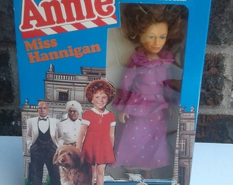 Knickerbocker Miss Hannigan The World Of Annie Character Doll