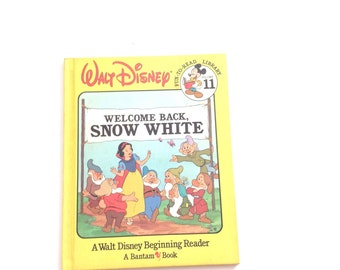 1986 walt disney children's book. Welcome back snow white story book. Vintage hardcover