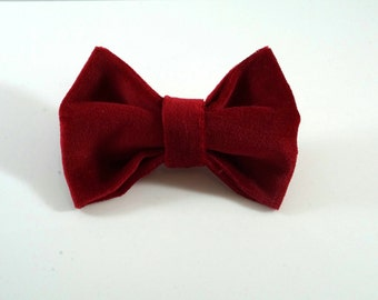 Red Velvet Bow. Toddler Hair Bow. Toddler Hair Clip. Velvet Christmas Bow. Christmas Hair Clip. Red Christmas Bow. Red Toddler Bow.